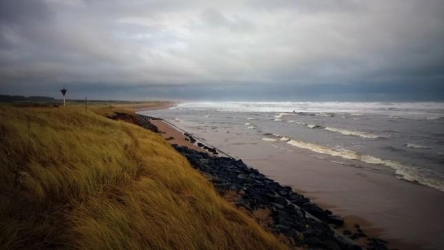 Après la ville, le début de la côte naturelle ...